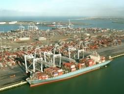 Hà Lan phát triển dự án mở rộng cảng Rotterdam