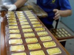 NHNN ban hành quy trình chuyển đổi vàng miếng khác thành vàng miếng SJC