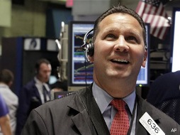 S&P 500 chốt phiên hồi phục sau biên bản họp Fed