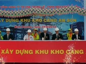 Bình Dương xây kho cảng tiếp nhận xà lan 2.200 tấn