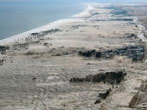 Nhật Bản chi tiếp 2,3 tỷ USD khắc phục hậu quả động đất, sóng thần