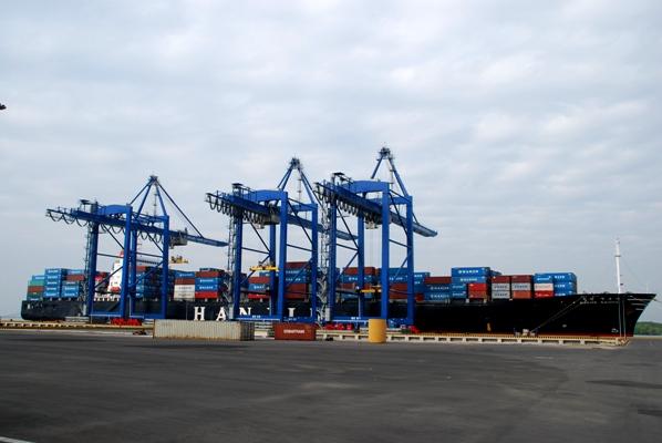 Xây dựng đồng bộ cụm cảng số 5 khu vực Đông Nam Bộ
