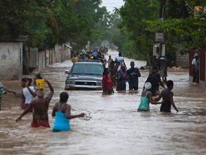 Mỹ có thể thiệt hại 36 tỷ USD do bão Isaac