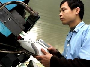 Việt Nam đứng thứ hai xuất khẩu giày dép vào Colombia
