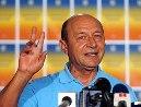 Quốc hội Romania phục chức tổng thống cho ông Basescu