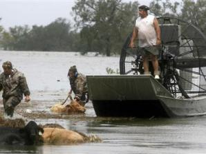 Mỹ sơ tán 60.000 dân do nguy cơ vỡ đập sau bão