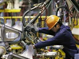 Chỉ số PMI ngành sản xuất Việt Nam lên cao nhất 3 tháng