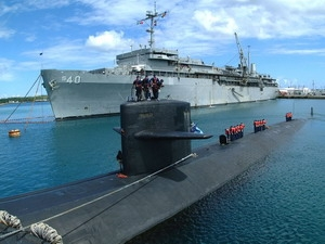 Tàu ngầm Mỹ thăm Philippines