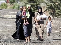 Dòng người tị nạn Syria bắt đầu tràn qua châu Âu