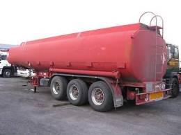 Petrolimex tìm mua 88.000 tấn dầu diesel giao tháng 9