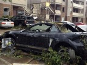 Lốc xoáy tấn công thành phố New York nước Mỹ