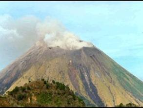 Núi lửa Nicaragua phun trào, 3.000 người sơ tán