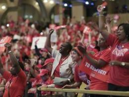 Hơn 29.000 giáo viên Mỹ đe dọa đình công