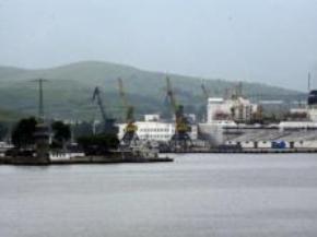 Trung Quốc mua quyền khai thác cảng của Triều Tiên