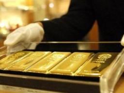 Ngân hàng mua vàng nhiều hơn người dân