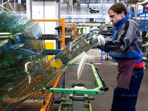 Niềm tin kinh tế Đức tăng đầu tiên trong 5 tháng