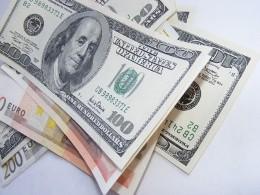 Đồng USD tăng trở lại so với euro và yên do tâm lý hoài nghi của thị trường