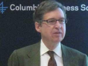 Michael Woodford, nhà kinh tế học quyết định việc QE3 được đưa ra