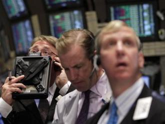 S&P 500 giảm mạnh nhất 3 tháng do hoài nghi hiệu quả QE3