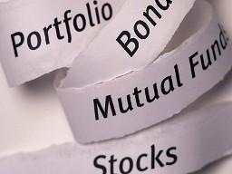 DWS Vietnam Fund: NAV top 10 cổ phiếu tăng trong tháng 8 bất chấp thị trường giảm điểm