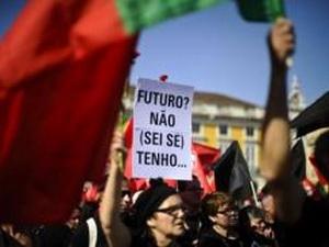 Người dân Bồ Đào Nha biểu tình phản đối chính sách khắc khổ