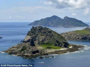 Tàu Trung Quốc, Đài Loan lại vào gần đảo tranh chấp với Nhật Bản