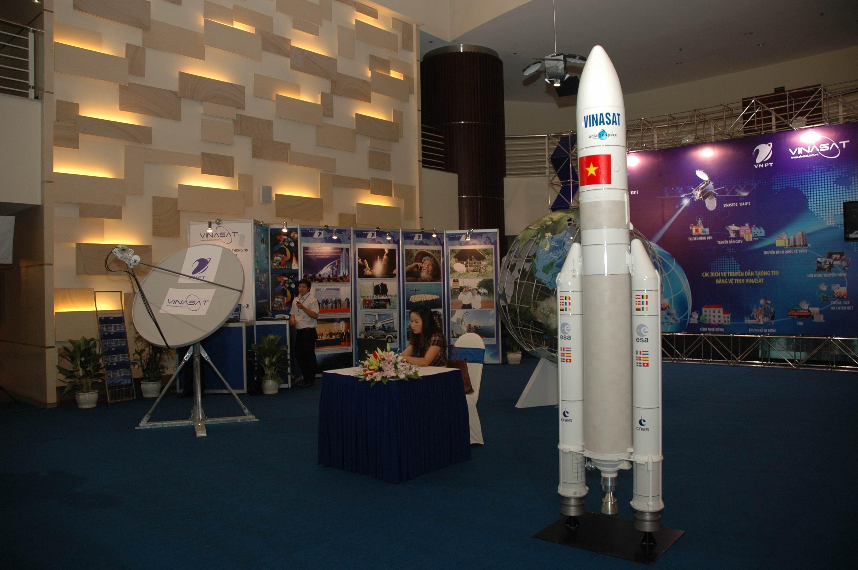 US Eximbank cho VNPT vay 118 triệu USD mua vệ tinh VINASAT 2