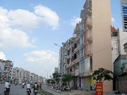 Hà Nội xử lý dứt điểm nhà siêu mỏng, siêu méo trước quý I/2013