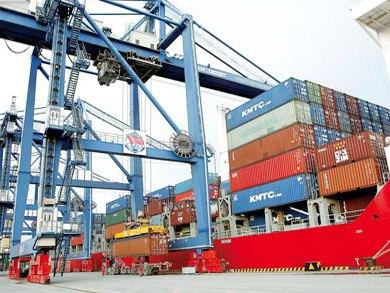 Số ít doanh nghiệp ngoại nắm giữ phần lớn logistics Việt Nam