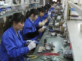 Ngành dịch vụ của Trung Quốc tăng trưởng cao nhất trong 5 tháng