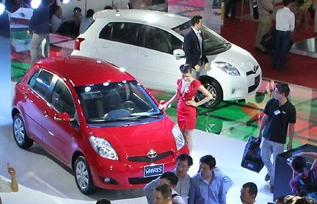 Lượng ô tô bán ra tháng 9 tăng mạnh trở lại