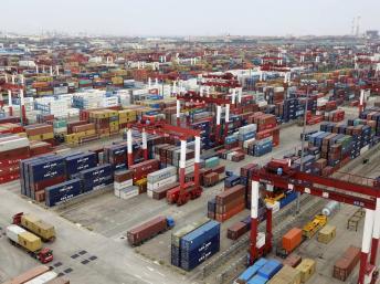 Trung Quốc: Thặng dư thương mại tháng 9 tăng vượt dự báo