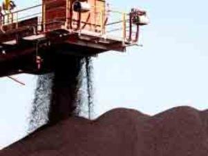 Nhập khẩu quặng sắt Trung Quốc tháng 9 lên cao nhất 20 tháng