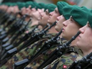 Thụy Sĩ tăng cường quân đội trước nguy cơ bạo loạn do khủng hoảng khu vực