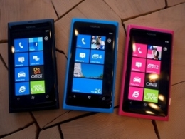 Tập đoàn Nokia lại lỗ lớn vì điện thoại Lumia