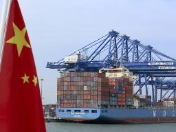 Trung Quốc tăng trưởng quý III thấp nhất gần 4 năm