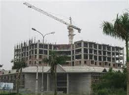Giá bất động sản giảm 50% vẫn còn lãi