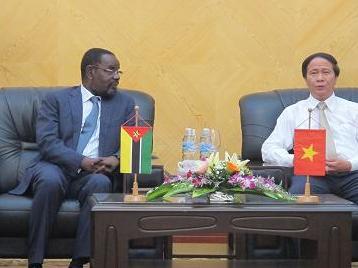 Mozambique muốn đầu tư hạ tầng vào Hải Phòng