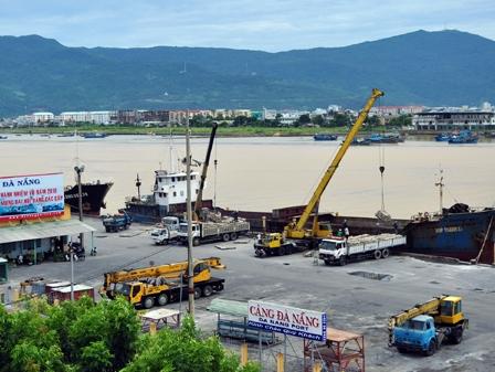Đà Nẵng đề nghị di dời cảng sông Hàn trước 31/12/2012