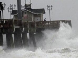 Mỹ có thể thiệt hại hơn 10-15 tỷ USD do siêu bão Sandy