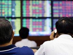 Thị trường đi ngang, KBC tiếp tục tăng trần