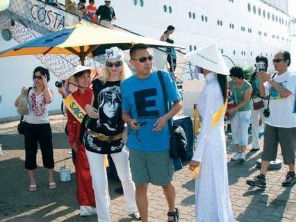 Khách quốc tế đến Việt Nam bằng đường biển tăng gần gấp đôi
