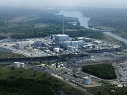 Nhà máy điện hạt nhân Mỹ báo động vì siêu bão