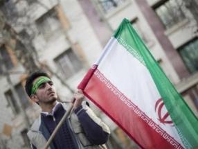 Hàng nghìn người Iran biểu tình rầm rộ chống Mỹ