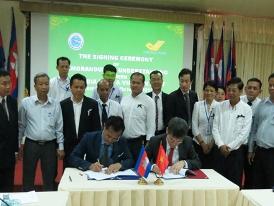 Bưu chính Việt Nam-Campuchia hợp tác mở dịch vụ chuyển tiền