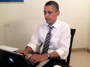 Ông Obama đăng nhập Reddit kêu gọi cử tri lần cuối