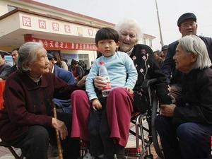 Dân số Trung Quốc già hóa với tốc độ chóng mặt