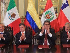 Mexico miễn thị thực với công dân Colombia và Peru