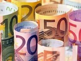 Euro tiếp tục ở mức thấp do bất ổn kinh tế châu Âu
