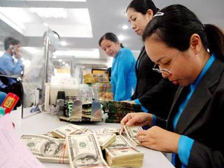 VCBS: Khó khăn của ngân hàng còn tiếp diễn trong quý IV và cả năm 2013